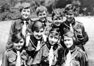 1918_girl_guides